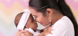 Ensaio fotográfico emociona com mães e bebês portadores de microcefalia