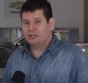 Concessionárias incentivam clientes a comprar carro novo e alavancam vendas