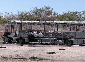 Ônibus da empresa Viação Piauiense incendeia dentro da garagem
