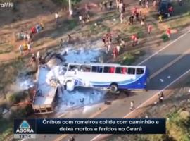 Ônibus com romeiros colide com caminhão e deixa mortos e feridos no Ceará