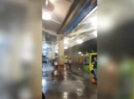 Chuva invade Terminal de Integração e passageiros ficam desprotegidos em Teresina