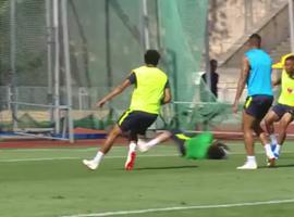 Brasil treina completo antes de embarque para São Petersburgo