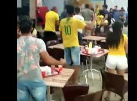 Torcida vibra com vitória do Brasil no Picos Plaza Shopping