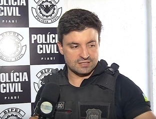 Polícia cumpre mandado de busca e apreensão na casa de Reizinho e encontra maconha e crack