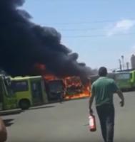 Agora: Em 26 dias, 13 ônibus foram incendiados em Teresina
