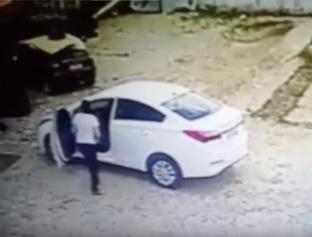 Carro roubado em posto é recuperado pela polícia