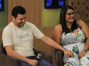 Casal piauiense que se conheceram pelo Tinder já estão com casamento marcado