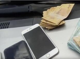 Polícia prende dupla com dinheiro falso e vários celulares