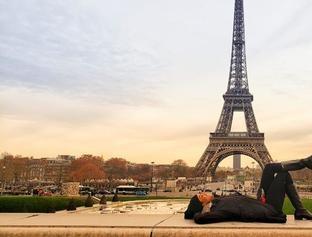 Na Parada Viaja: Stefhania Fernandes mostra os encantos de Paris