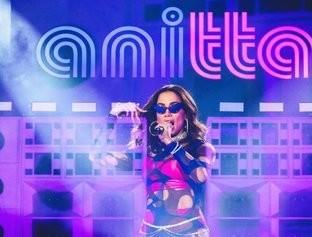 Anitta impressiona o mundo em apresentação do Rock In Rio