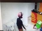 Criminosos fazem arrastão dentro de hamburgueria em Teresina