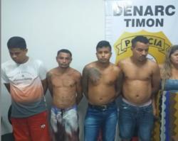 Membros da mesma família são presos acusados de tráfico de drogas