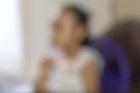 Mãe de aluno autista denuncia falta de cuidadores na rede municipal