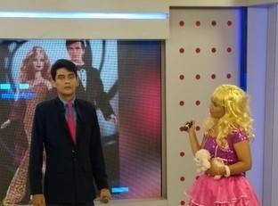 Piauilina e Bactéria interpretam Barbie e Ken