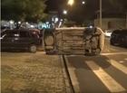Homem perde controle e colide veículo na traseira de dois carros