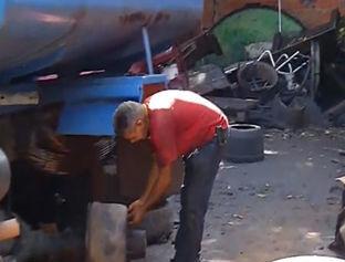 Mecânicos contam histórias divertidas no bairro Tabuleta em Teresina