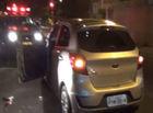 Quadrilha faz arrastão com carro roubado de motorista de aplicativo