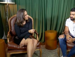 Cantor Dilsinho abre sua vida para apresentadora Raquel Dias