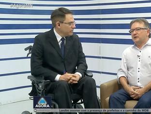 Entrevista com o secretário de Administração, Merlong Solano