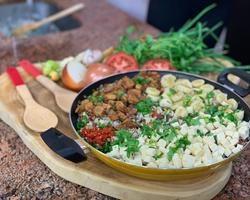 Aprenda como fazer um delicioso arrumadinho junino!