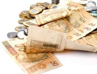 Consultor financeiro dá dicas de economia para aposentados