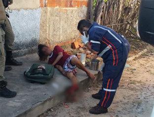Homem fica ferido após fugir da polícia e cair em túmulo de cemitério