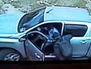 Dupla armada dá coronhada em motorista na porta de residência