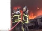 Incêndio de grandes proporções atinge fábrica de borracha em Teresina