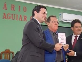 Vereadores realizam sessão de homenagem aos advogados em Esperantina