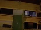 Incêndio atinge apartamento e uma pessoa é levada ao hospital