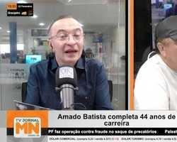 """Amado Batista comemora 44 anos de estrada: """"não penso em parar"""""""