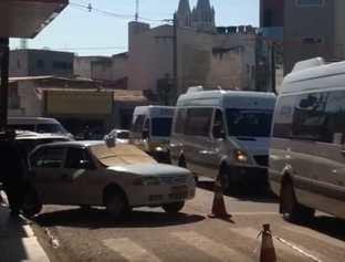 Motoristas de vans fazem manifestação pelas ruas de Picos