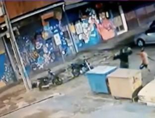 Assaltantes atiram pedras na cabeça de homem para roubar celular