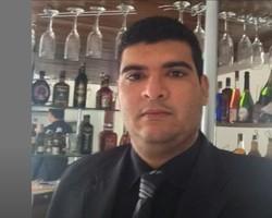 Advogado morre após colidir com mureta do viaduto da Higino Cunha